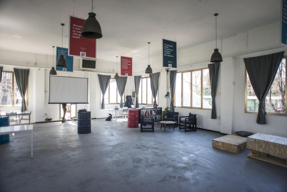 Un nuovo spazio popolare al dlf di bologna matteo lepore - Casa continua bologna ...